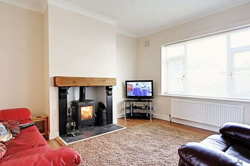 2 Bedrooms Terraced House for sale in Staveley Road, Hull