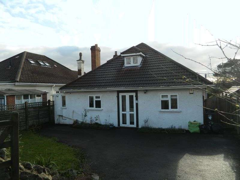 4 Bedrooms Detached Bungalow for sale in MILTON HILLSIDE
