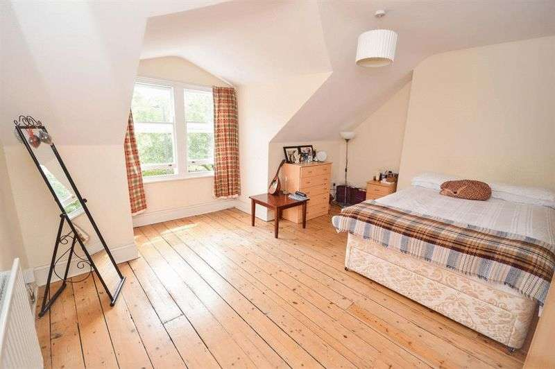 3 Bedrooms Flat for sale in Amhurst Park, London
