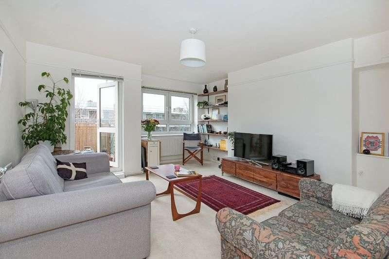 1 Bedroom Flat for sale in 285,000 Rochfort House, Grove Street, SE8