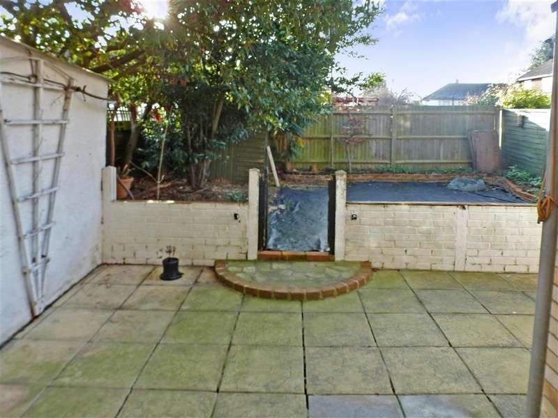 3 Bedrooms End Of Terrace House for sale in Broomfield Road, Faversham, Kent