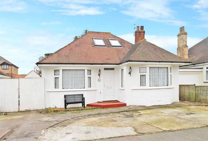 2 Bedrooms Detached Bungalow for sale in Angmering Way, Rustington, Littlehampton, BN16