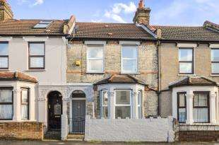 3 Bedrooms Terraced House for sale in Thirsk Road, London