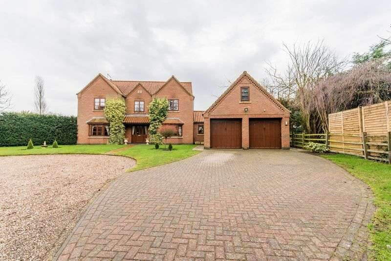 4 Bedrooms Detached House for sale in Haytons Lane, Appleby, DN15