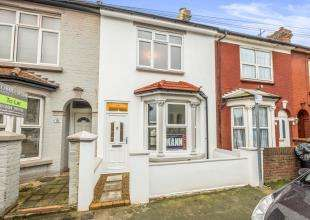 4 Bedrooms Terraced House for sale in St. Georges Road, Gillingham, Kent, .