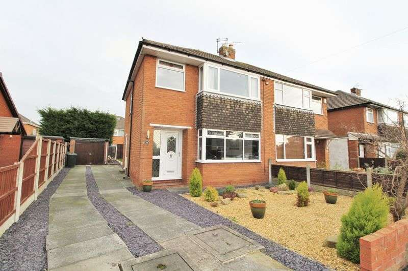 3 Bedrooms Semi Detached House for sale in Woodlee Road, Hesketh Bank, Preston