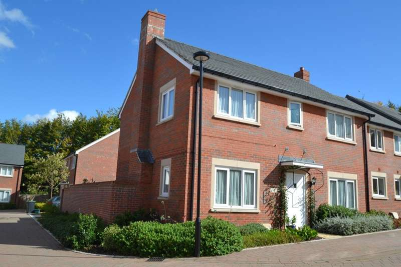 4 Bedrooms Detached House for sale in Blandford Town Centre