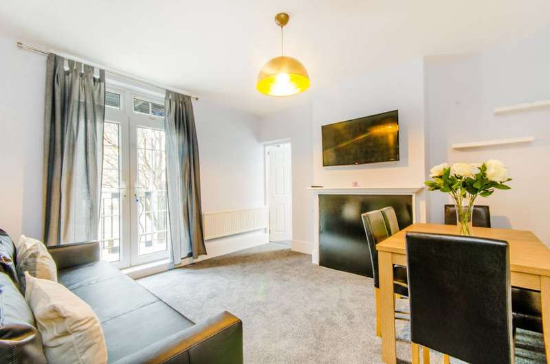 4 Bedrooms Flat for rent in Copenhagen Street, Islington, N1