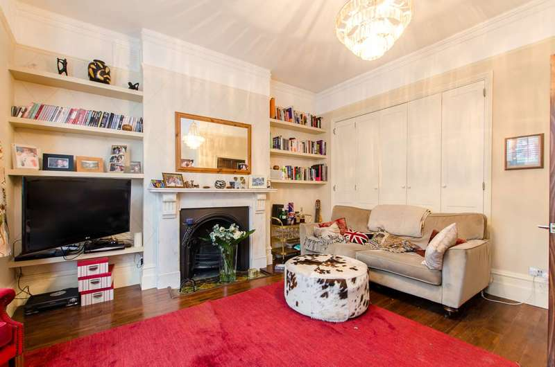 2 Bedrooms Flat for sale in Sudbourne Road, Brixton, SW2