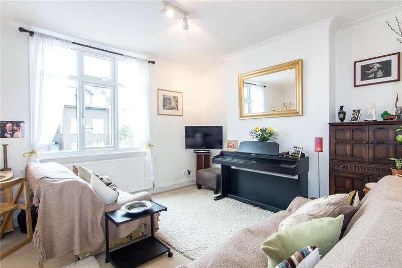 2 Bedrooms Flat for sale in Godolphin Road, Shepherds Bush, W12