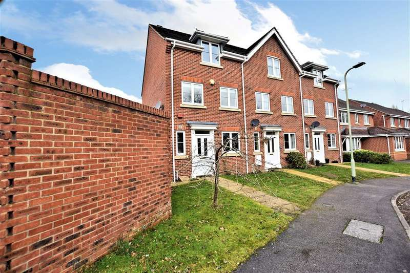 3 Bedrooms End Of Terrace House for sale in Rayner Drive, Arborfield, Reading, RG2
