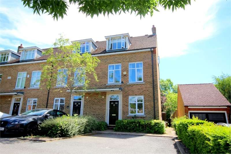 3 Bedrooms End Of Terrace House for sale in Canal Way, Harefield, Middlesex