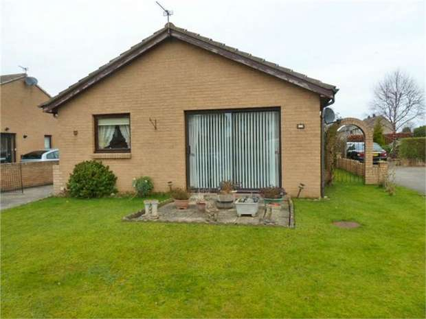 2 Bedrooms Detached Bungalow for sale in Hauxley Way, Amble, Morpeth, Northumberland