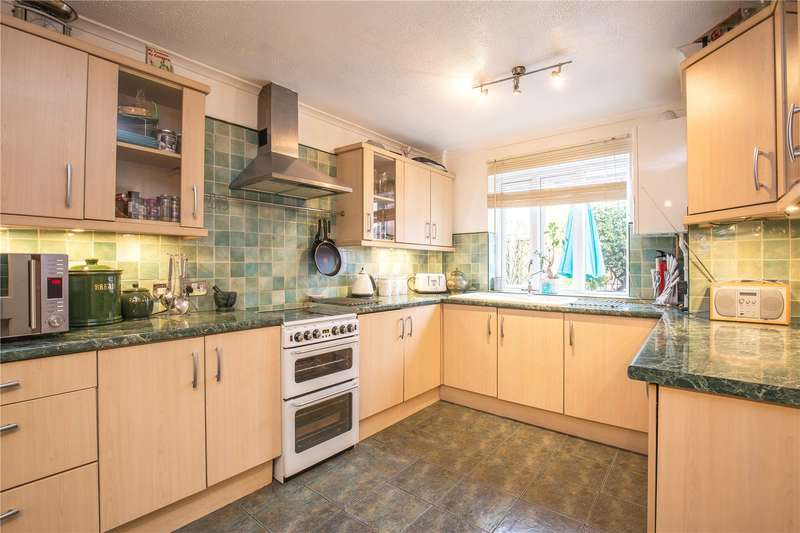3 Bedrooms Terraced House for sale in Harold Road, Crouch End, London, N8