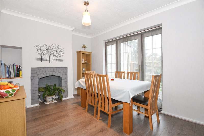 3 Bedrooms Semi Detached House for sale in Tudor Way, Mill End, Hertfordshire, WD3