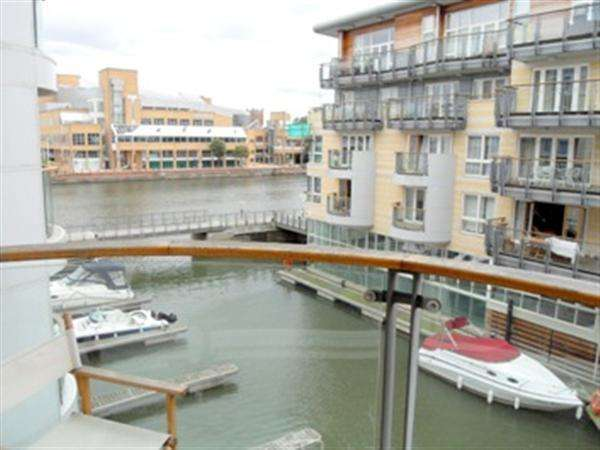 1 Bedroom Apartment Flat for rent in Marina Place, Hampton Wick, Kingston Upon Thames