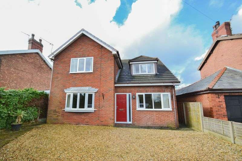 4 Bedrooms Property for sale in Deceptively Spacious, Liverpool Old Road, Much Hoole