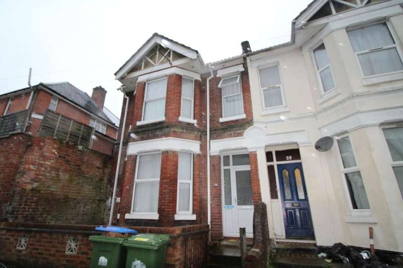 8 Bedrooms Property for rent in Tennyson Road, Southampton, SO17