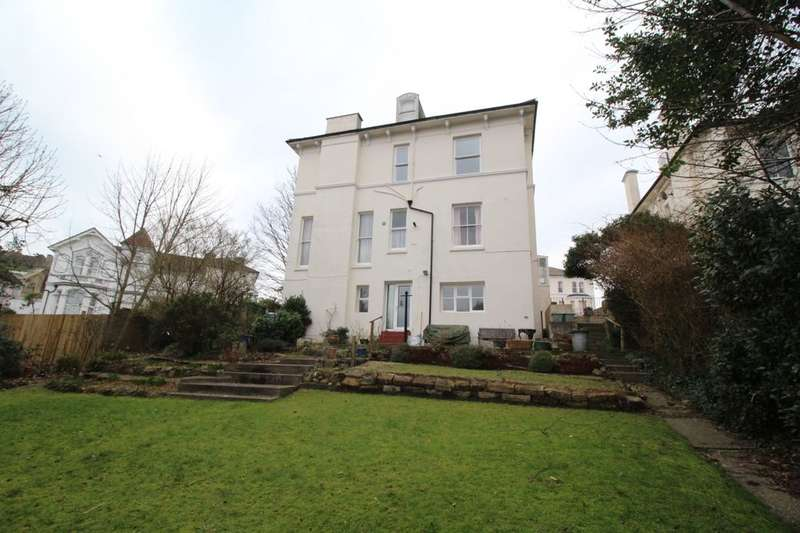 2 Bedrooms Flat for sale in Laton Road, Hastings, TN34