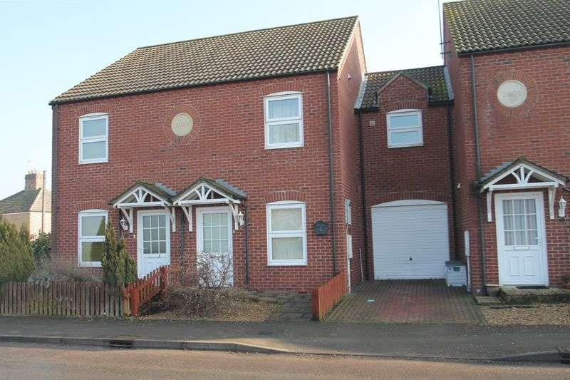2 Bedrooms Terraced House for sale in Six House Bank, West Pinchbeck