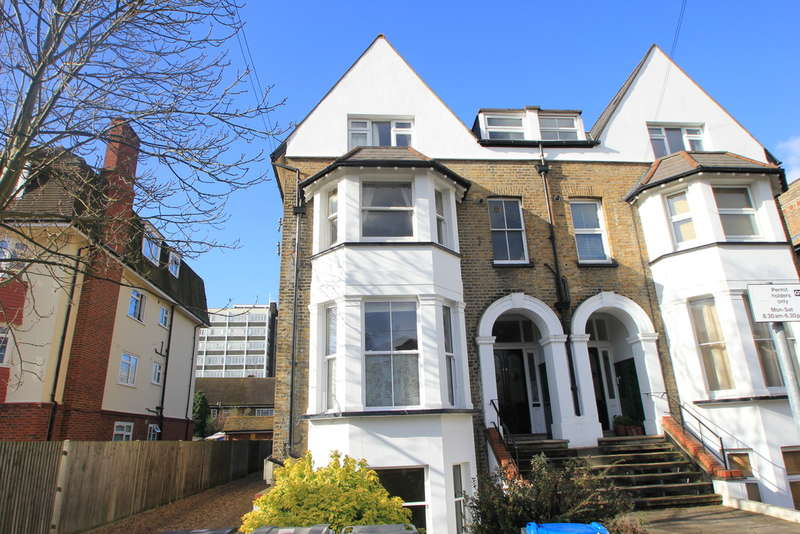 1 Bedroom Ground Flat for sale in Springfield Road, Kingston Upon Thames