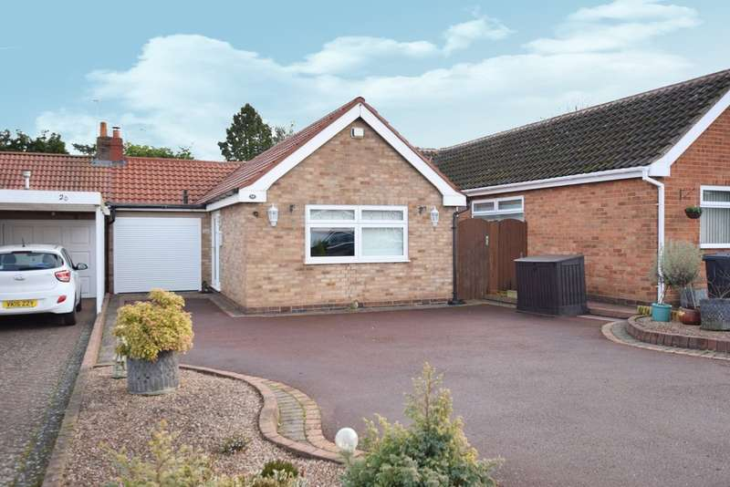 2 Bedrooms Detached Bungalow for sale in Fords Road, Shirley