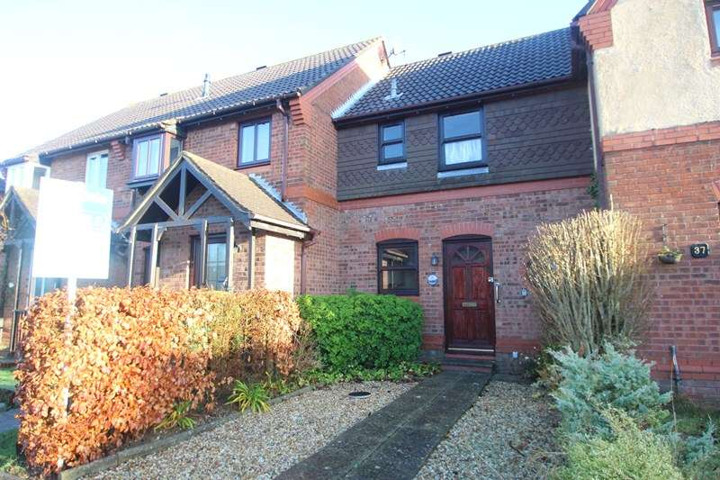 2 Bedrooms Terraced House for sale in Barton Drive, Southampton