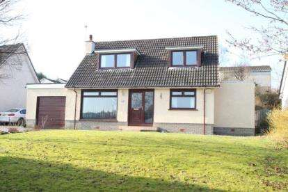 3 Bedrooms Bungalow for sale in Harvie Avenue, Newton Mearns