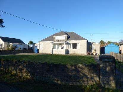 3 Bedrooms Bungalow for sale in Lon Y Castell, Nefyn, Pwllheli, Gwynedd, LL53