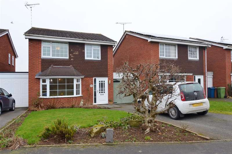 3 Bedrooms Detached House for sale in Crestwood Drive, Stone
