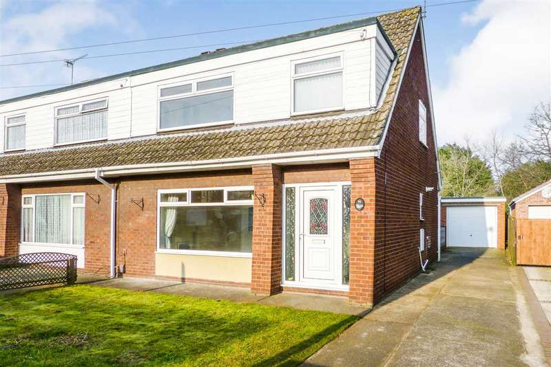 3 Bedrooms Semi Detached House for sale in Warwick Road, Scunthorpe