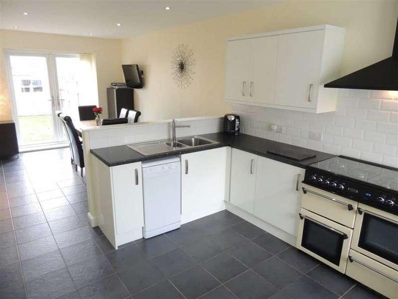5 Bedrooms Property for sale in Ashbourne Road, Denton, Manchester