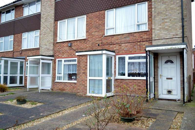 2 Bedrooms Flat for sale in Battery Close, Gosport