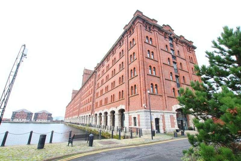 2 Bedrooms Flat for sale in Waterloo Warehouse, Liverpool City Centre, L3
