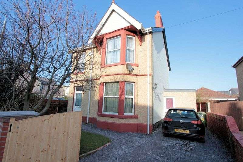 3 Bedrooms Detached House for sale in Vezey Street, Rhyl
