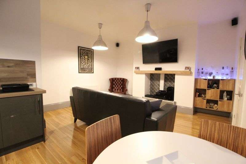 2 Bedrooms Flat for sale in Nora Street, South Shields