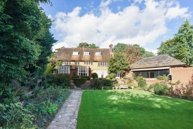 7 Bedrooms Detached House for sale in The Orchard Sudbury Hill, Harrow on the Hill, HA1