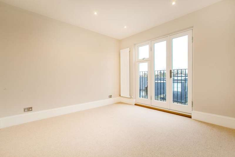 5 Bedrooms Terraced House for sale in Linden Gardens, Chiswick W4
