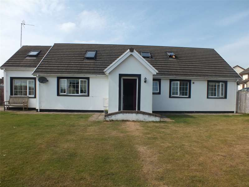 3 Bedrooms Detached Bungalow for sale in Conway Drive, Steynton, Milford Haven