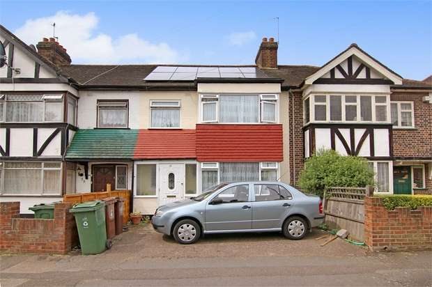 3 Bedrooms Terraced House for sale in Markmanor Avenue, Walthamstow, London