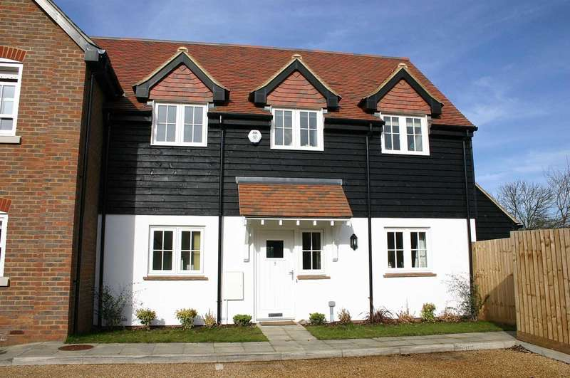 3 Bedrooms House for sale in STUNNING 3 BED `CHARACTER` PROPERTY IN Bradden Meadow, GADDESDEN ROW