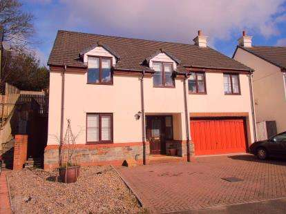 5 Bedrooms Detached House for sale in Bodmin, Cornwall, England
