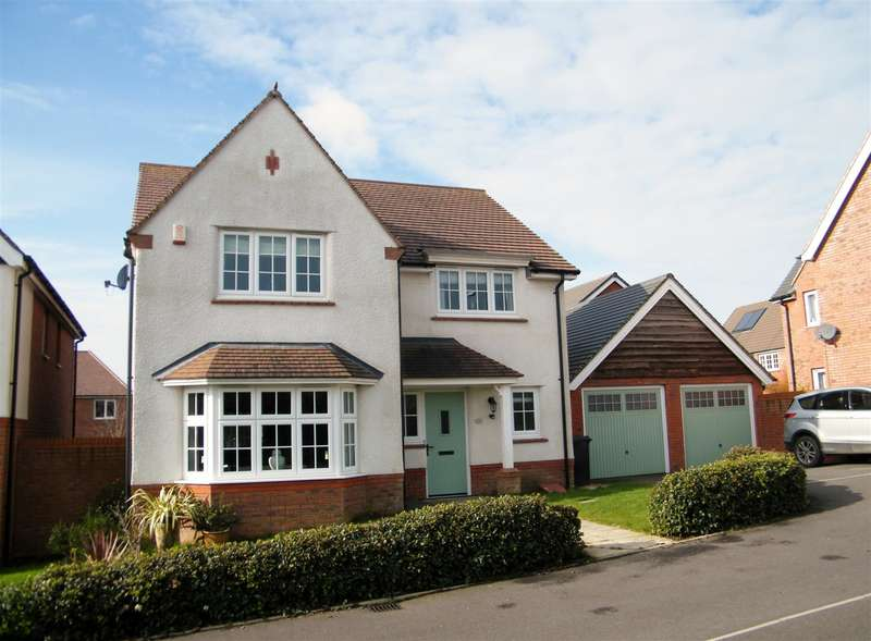 4 Bedrooms Property for sale in Hastings Drive, Calne