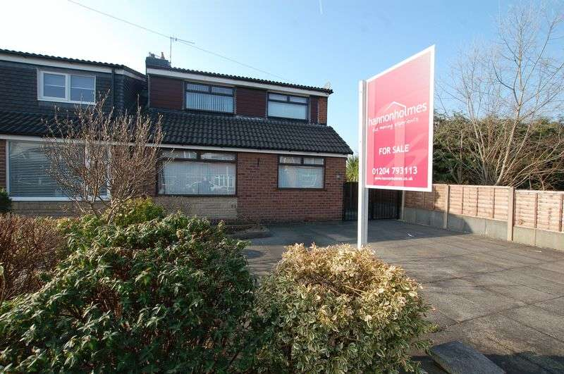 4 Bedrooms Semi Detached Bungalow for sale in Catterick Drive, Bolton
