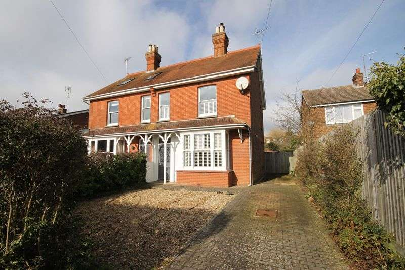 3 Bedrooms Semi Detached House for sale in Crescent Road, Burgess Hill, West Sussex