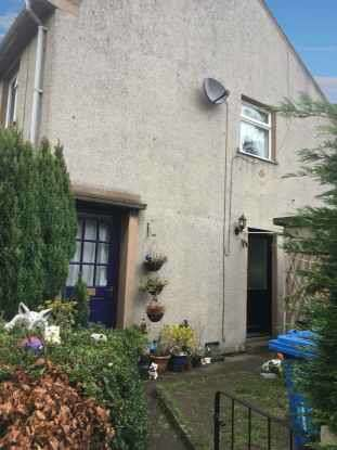 2 Bedrooms Semi Detached House for sale in Haulfryn Estate, Denbighshire, Clwyd, LL15 1HB