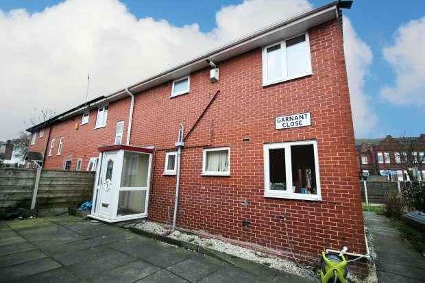 4 Bedrooms Terraced House for sale in Garnant Close, Blackley, Greater Manchester, M9 4HL