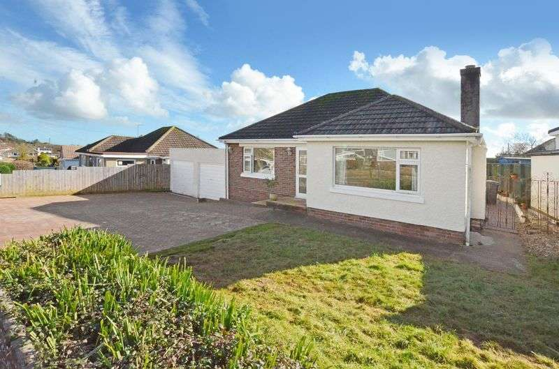 2 Bedrooms Detached Bungalow for sale in Linacre Road, Torquay
