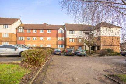 1 Bedroom Flat for sale in Moidart Court, 2 Cromarty Road, Edgware