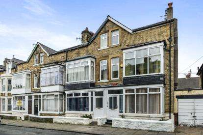 5 Bedrooms End Of Terrace House for sale in Arnside Crescent, Morecambe, Lancashire, United Kingdom, LA4
